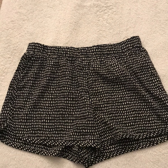 Forever 21 Pants - Silky print shorts